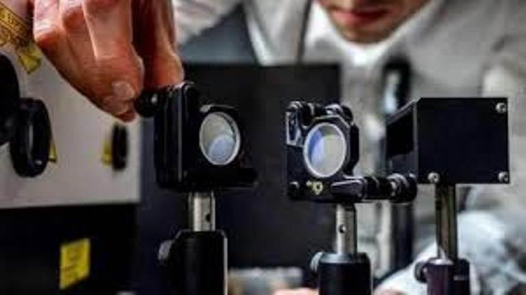 أسرع كاميرا فى العالم تجمد الوقت بمعدل 10 تريليونات إطار فى الثانية