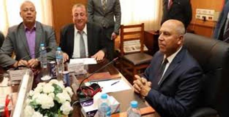 وزير النقل أمام البرلمان لحضور اجتماعى الإدارة المحلية والنقل