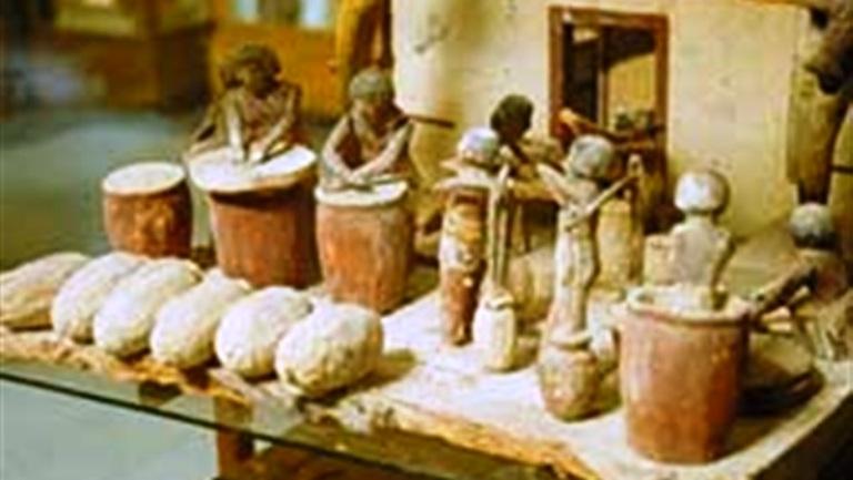 أدوات الحياة اليومية عند المصريين القدماء