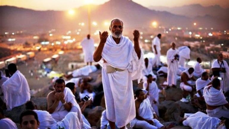 3 دول عربية تعلن الأثنين المقبل أول أيام عيد الاضحي المبارك