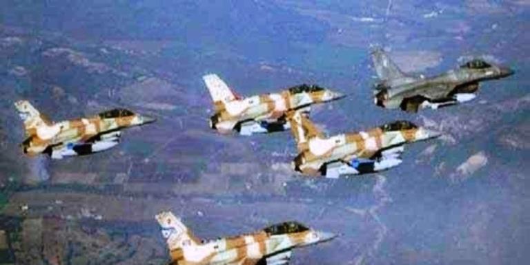 قذف جوي لطائرات الإحتلال الإسرائيلي علي قطاع غزة