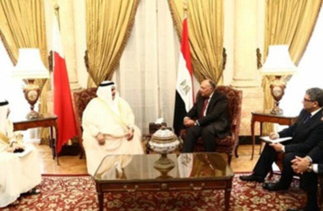 مباحثات بين وزير الخارجية المصري ونظيرة البحرين بشأن العدوان التركي علي سوريا