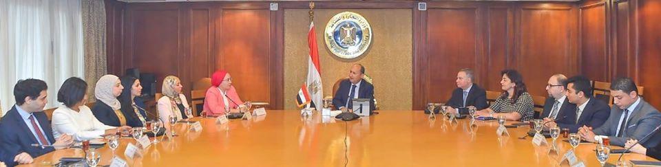 تعزيز التعاون الاقتصادي والتجاري المصري على المستويين الإقليمي والعالمي