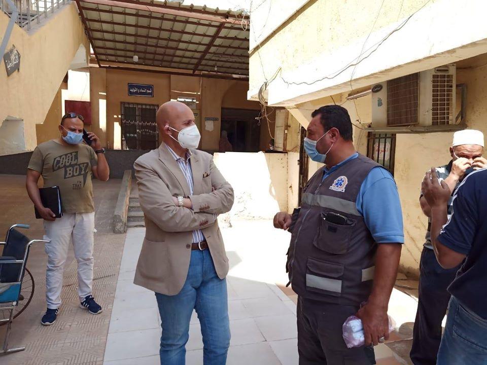 مرور مفاجئ لوكيل وزارة الصحة بالشرقية علي مستشفي الزقازيق العام