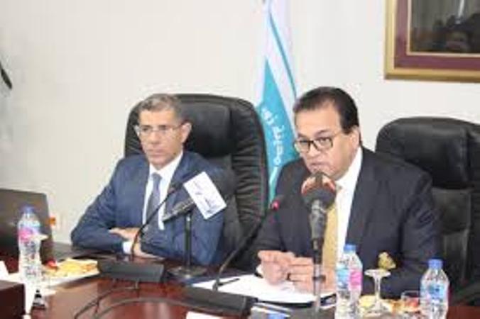 وزير التعليم العالي يترأس اجتماع اللجنة العليا للمشروعات القومية