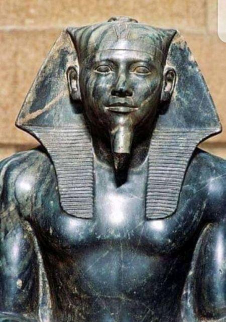 تعرف على أغرب تمثال منحوت بالعالم تمثال الملك خفرع