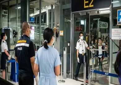 سنغافورة: سيتم فحص المسافرين القادمين من الصين لمنع تفشى فيروس كورونا