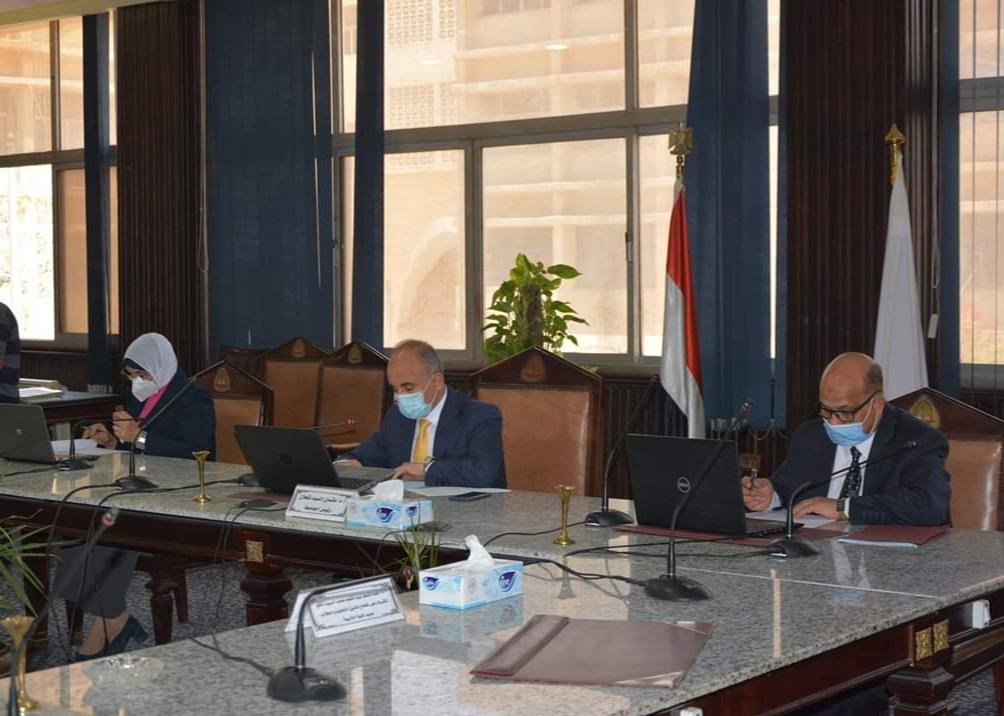 جامعة الزقازيق تهنئ الشعب المصري والقيادة السياسية بذكرى ثورة 30 يونيو
