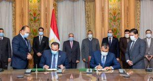 """وزير الإنتاج الحربي"""" يشهد توقيع بروتوكول تعاون مع الهيئة العامة للرعاية الصحية"""