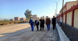 محافظ الشرقية يُشدد على سرعة الإنتهاء من أعمال الرصف والتطوير الجارية بشوارع منيا القمح