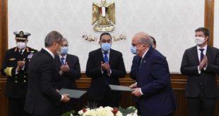 """رئيس الوزراء يشهد مراسم توقيع اتفاقية تعاون لبدء دراسات إنتاج """"الهيدروجين الأخضر"""" لتوليد الطاقة مع شركة """"ديمي"""" البلجيكية"""